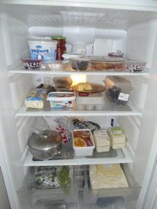 پنیر در یخچال