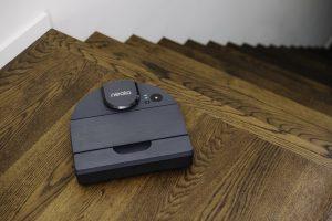 بهترین لوازم خانگی کوچک ایفا 2020: جاروبرقی رباتیک D10 Neato