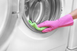 چگونه لاستیک دور لباسشویی را تمیز کنیم ؟