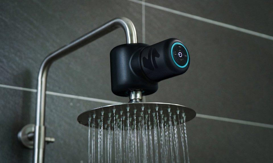 دوش حمام مجهز به اسپیکر آمپر